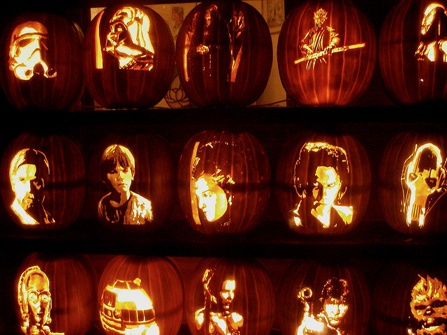 31 Halloween Carved Pumpkin Pictures