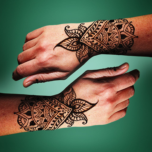 Beautiful Henna Tattoo Designs For Your Wrist: 20 Beautiful Pictures Of Henna Tattoos
