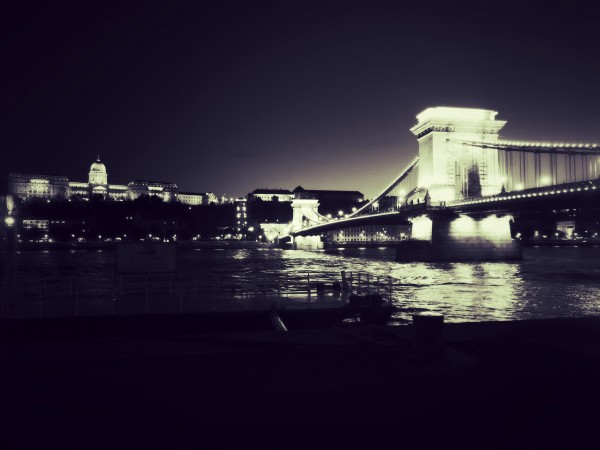 Chain Bridge, Budapest by Franco Carbone, PhotographyBlogger.net